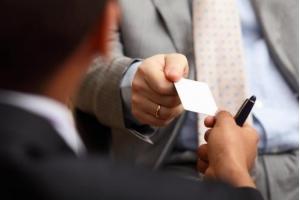 Como fazer cartão de visita: 5 super dicas para criar o seu