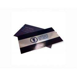 Cartão de Visita Supremo Metalizado Uv Total Frente 9x5 4x4 cor(es) - Qtd 5000 un. - Qtd. Mínima: 1 Produção: 7 dias úteis