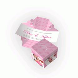 Convite de Casamento Especial 06 - Envelope Couchê 250g - Lâmina Couchê 250g  - 90x90mm  4x4 cor(es) - Qtd 50 un. - Qtd. Mínima: 1 Produção: 7 dias úteis